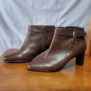 Lauren  Ralph Lauren  Nara brown leather boots